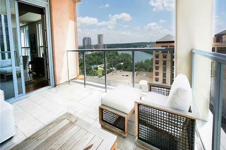 Amazing Photos Of Downtown Austin Apartments And HighRise Condos - Apartment movers austin
